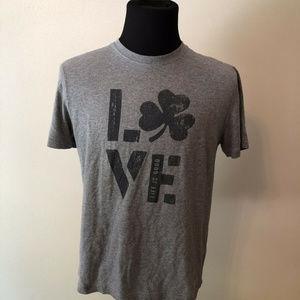 """Life Is Good """"Love"""" gray short sleeve T - mens med"""